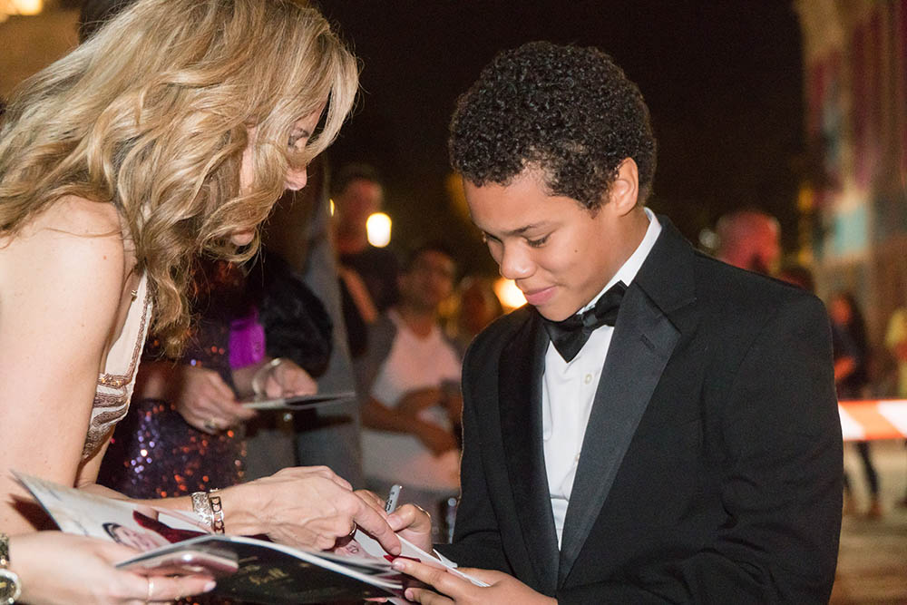 14th Annual Stars Ball Treats Local Children  to a Night of Hollywood Glamour